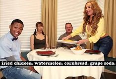 PornDoe gostosa sentando na pica